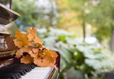 The Benefits of Storing Your Piano This Fall