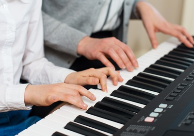 5 Ways to Start Playing the Piano