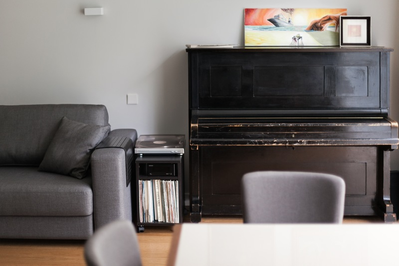 New York Piano Movers' Guide to Piano Placement in Small Rooms