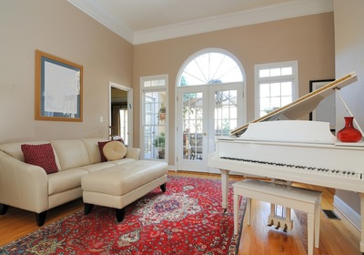 Get Crafty This Summer: 5 Steps To Painting Your Piano From Nationwide Piano Movers