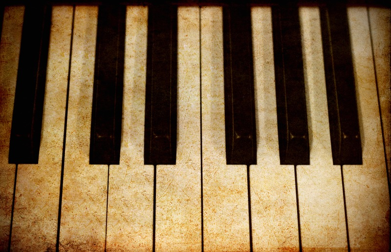 How to Restore Yellow Piano Keys