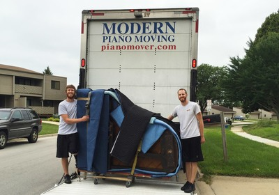 Modern Piano Moving: The Benefits of a Hands-On Team