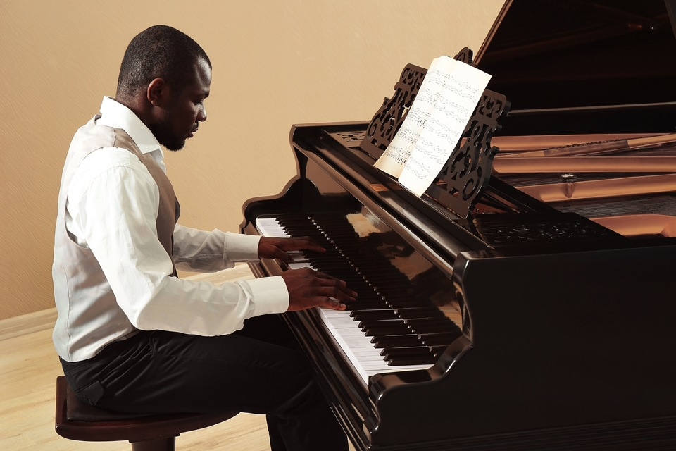 young-black-piano-players-fat-ugly-women-masturbating